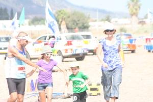 לקראת סיום סובב עמק 2012. עם המשפחה. צילום: