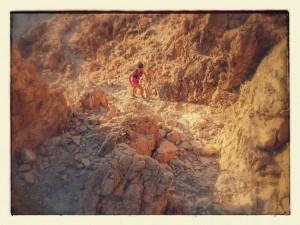 מיטל שושן מטפסת בהרים