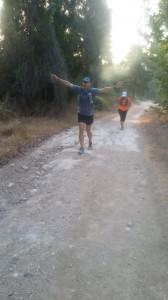 כמה טוב לרוץ ביחד! שמוליק הודס ובלהה מנדילוביץ